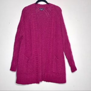 American Eagle Dark Pink Cozy Cardigan w/ Pockets